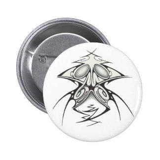 Bouton tribal badge