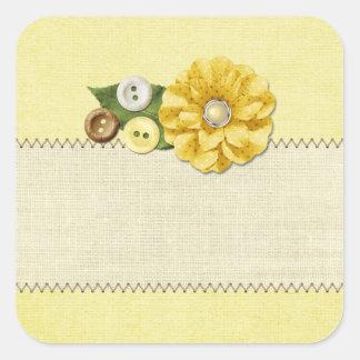 Boutons et fleur de couture jaunes de ferme de sticker carré
