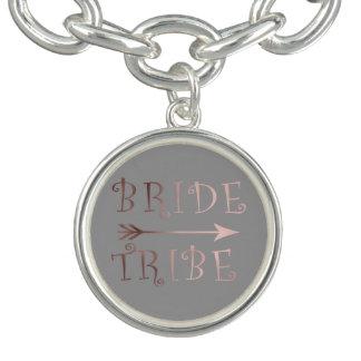 Bracelet Avec Breloques conception rose de tribu de jeune mariée d'or de