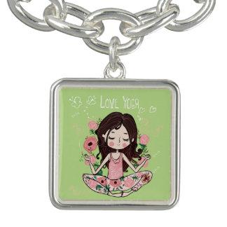 Bracelet Avec Breloques La fille rose de roses aime le yoga