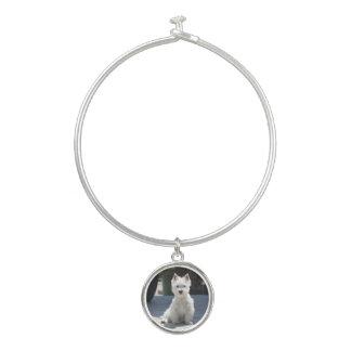 Bracelet Rigide Terrier des montagnes occidental blanc se reposant