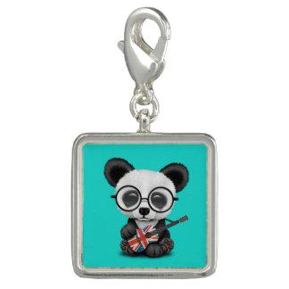 Breloque Panda de bébé jouant la guitare britannique de