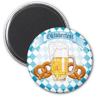 Bretzels et bière d'Oktoberfest Magnet Rond 8 Cm