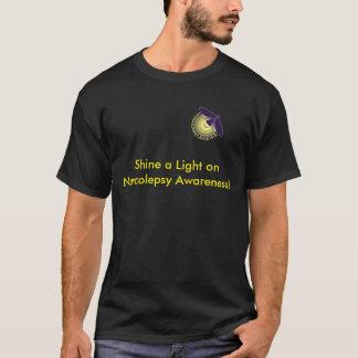 Brillez une lumière sur le T-shirt de