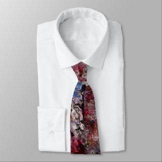 Brique bleue et cravate régulière de fleurs