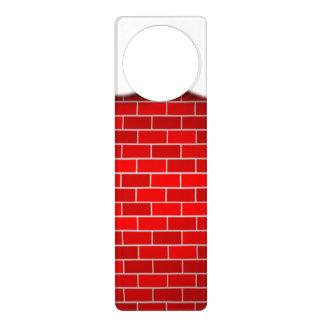 Brique rouge avec la dérive de neige - dessus de affichette de porte