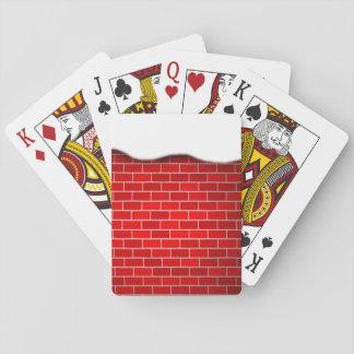 Brique rouge avec la dérive de neige - dessus de cartes à jouer