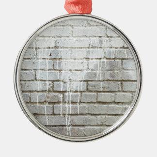 Briques et portrait d'égoutture de peinture ornement rond argenté