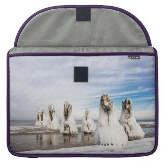 Brise-lames sur la côte de mer baltique poches pour macbook pro