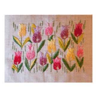 Broderie de cru de tulipes