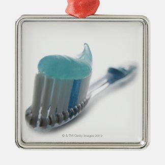 Brosse à dents et pâte dentifrice ornement carré argenté