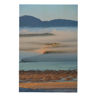 Brouillard de matin au-dessus de baie impression sur bois