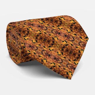 Brown et motif noir de feuille d'automne cravate