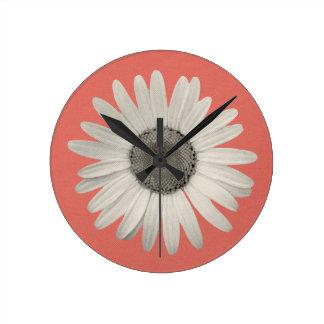 Bruit de fleur de marguerite de rose de corail de horloge ronde