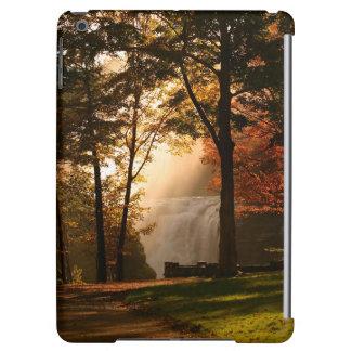 Brume de cascade d'automnes