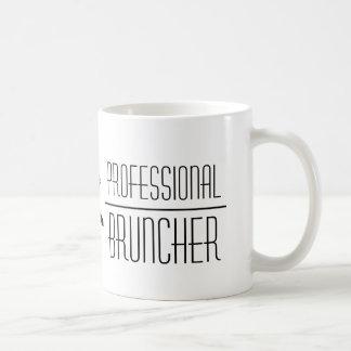 Bruncher professionnel - tasse de café