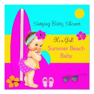 Brune surfante de plage de fille de baby shower carton d'invitation  13,33 cm