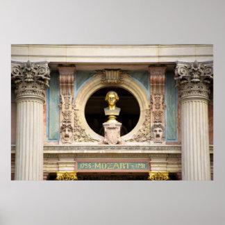 Buste de théatre de l'opéra de Mozart Poster