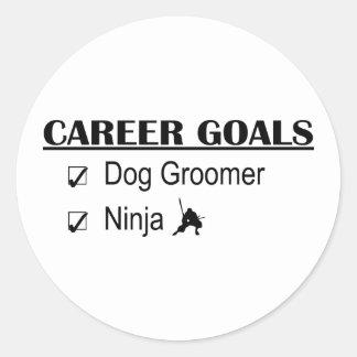 Buts de carrière de Ninja - Groomer de chien Autocollant Rond