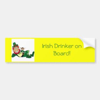 buveur irlandais et irlandais à bord ! autocollant de voiture