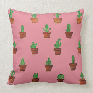 Cactus adorable sur le coussin décoratif rose