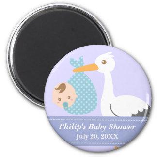 Cadeau de baby shower - la cigogne livre le bébé magnet rond 8 cm