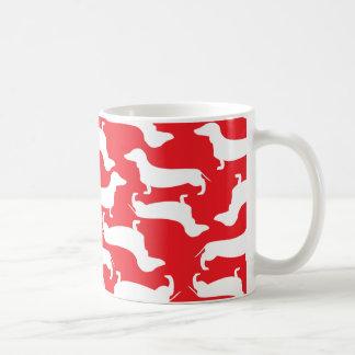 Cadeau parfait de motif mignon de teckel pour mug
