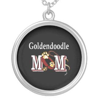 Cadeaux de maman de Goldendoodle Collier
