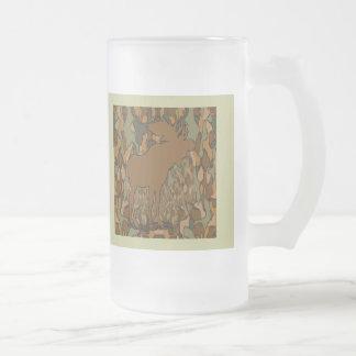 Cadeaux et invitations de camouflage d'orignaux mug en verre givré