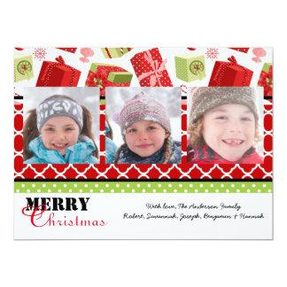 Cadeaux rouges et verts 3 photos - carte de Noël Carton D'invitation 16,51 Cm X 22,22 Cm