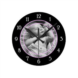 Cadre rose de photo horloge ronde
