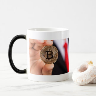 Café Morphing de tasse de Bitcoin Cryptocurrency