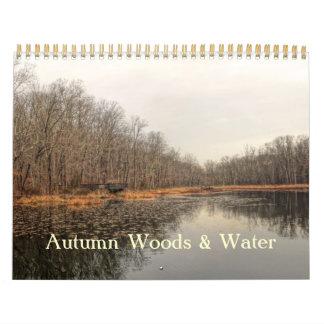 Calendrier - bois et l'eau d'automne