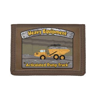 Camion à benne basculante articulé par équipement