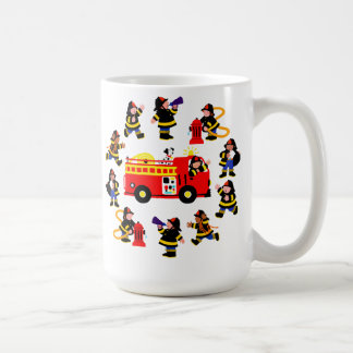 Camion de pompiers avec les sapeurs-pompiers mug