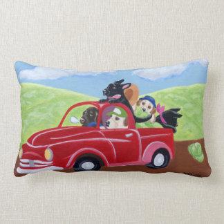 Camion et peinture rouges de Labradors Coussin Décoratif