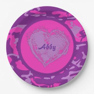 Camo rose et pourpre personnalisable avec le coeur assiettes en papier