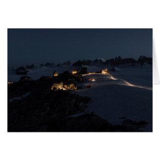 Camp de champ au champ de glace de Juneau de nuit Carte De Vœux
