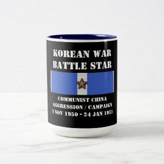 Campagne communiste d'agression de la Chine Mug Bicolore