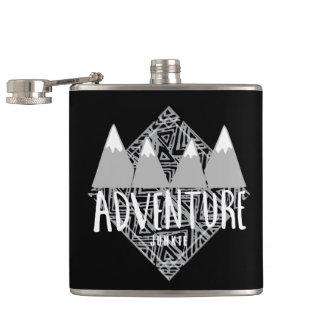 Camping noir de drogué d'aventure de voyage flasques