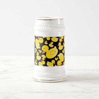 Canards en caoutchouc noirs mignons chope à bière
