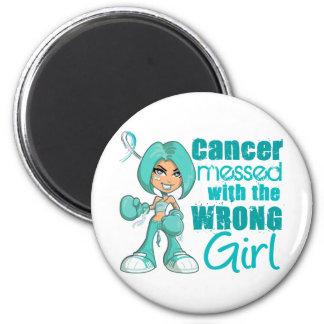 Cancer du col de l'utérus sali avec la fille fauss magnets pour réfrigérateur