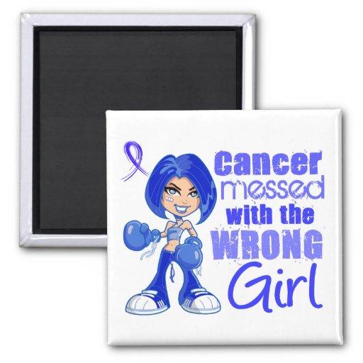 Cancer du colon sali avec la fille fausse aimant pour réfrigérateur