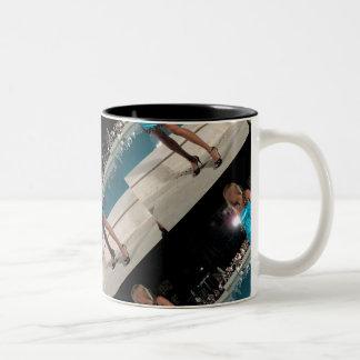 Caneca font le sono mug bicolore