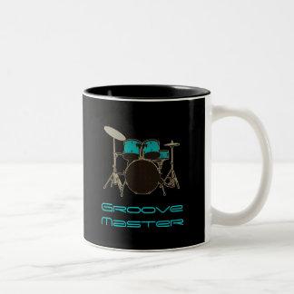 Cannelez les tambours de ~ de batteur et la tasse