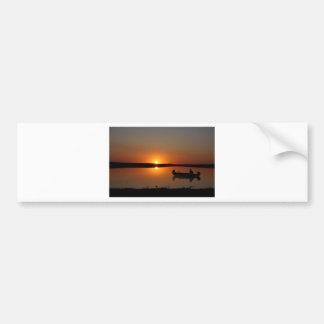Canoë de coucher du soleil autocollant de voiture