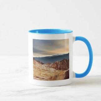 Canyon d'or au coucher du soleil mug