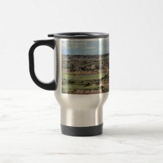 Canyon peint dans les bad-lands du Dakota du Nord Mug De Voyage