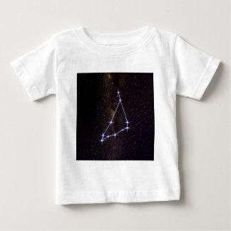 Capricorne de signe d'étoile t-shirt pour bébé