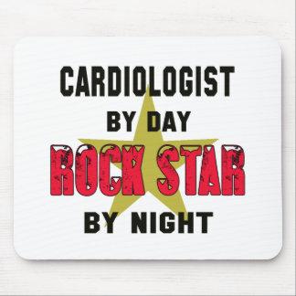Cardiologue par le jour rockstar par nuit tapis de souris